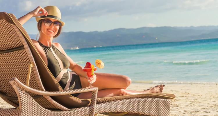 Un rayo de sol y un sombrero