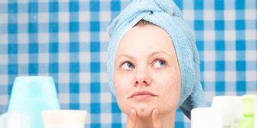 ¿Qué es el acné? ¿Cómo tratarlo y cuándo?