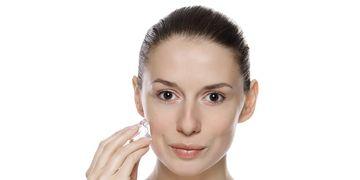 Los usos del hielo para una piel más tersa y joven