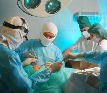 La microcirugía en cirugía plástica