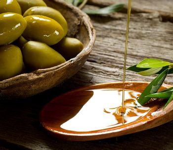 El aceite de oliva reduce el riesgo de padecer cáncer de mama