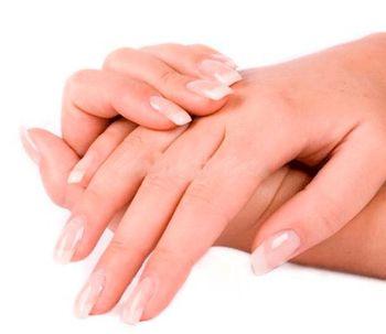 Manos en primer plano: los nuevos tratamientos antienvejecimiento