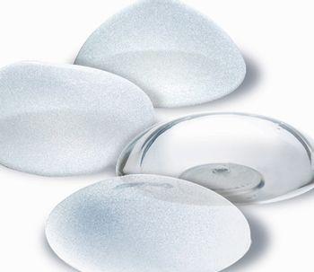 Tipos de implantes mamarios. ventajas, inconvenientes