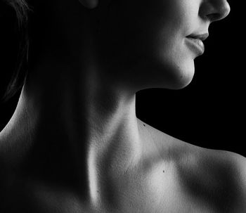 ¿Qué es la cirugía estética vocal?