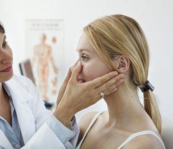 10 Cuidados postoperatorios de la rinoplastía