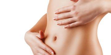 La abdominoplastia corrige la diástasis abdominal