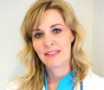 Dra. Carmen Martín: El objetivo de la medicina estética no es cambiar la identidad del paciente sino conservarla, rejuveneciéndola
