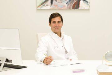 Dr. Felipe Castillo