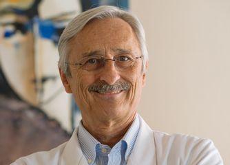 Dr. Pedro L. Martos Fragoso