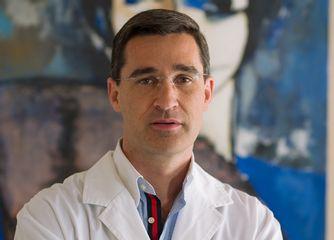 Dr. Pedro L. Martos Díaz