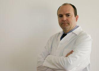 Dr. Miguel E. Estefanía Díez