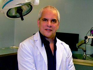 Dr. Tomás Linares Caballero