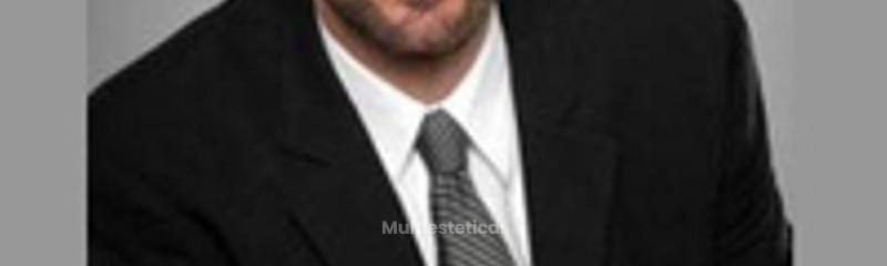 Dr. Daniel Simon, Director Facial Team