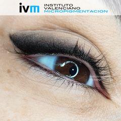 Micropigmentación Eye-liner + sombra