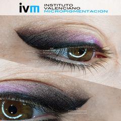 Micropigmentación eye-liner con sombra difuminada en colores morados y marrones