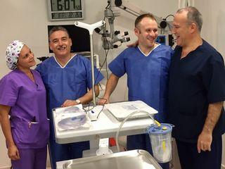 Nuestro director médico Dr. Alvarez Marín y el equipo médico ThermiTIGHT