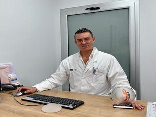 Dr. Sergio Morral con premio