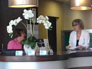 Clínica Dra. Margarita Cáliz en la sede de la Clínica el Cedro