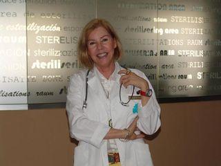 Dra. Margarita Cáliz Carmona, Siempre con una sonrisa, simpatía y gran profesionalidad
