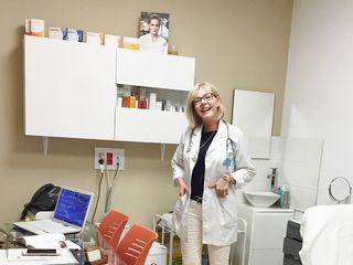 Dra. Margarita Cáliz Carmona, simpática y bella profesional de la Medicina Estettica