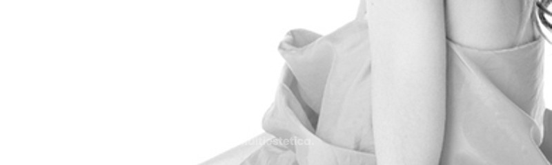 Cirugía mamaria femenina