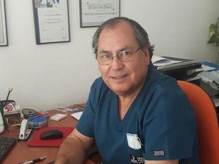 Dr. Juan Carlos Briones - Cirujano Dentista - Implantologo - Periodoncista - Rehabilitador