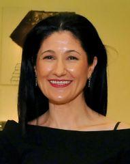 Dra. Carlota Hernández
