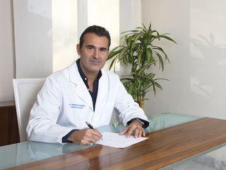 Dr. Mario Redondo