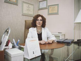 Dra. Gloria Santomauro