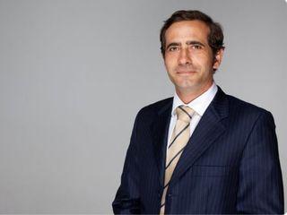 Dr. Carlos Gullón Cabrero