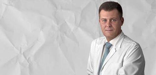Dr. Artur Carbonell