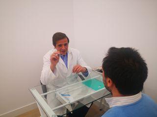 Centro Médico Manterola 8 ÁREA CIRUGÍA CAPILAR
