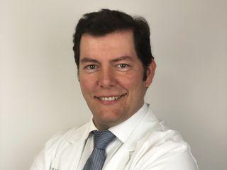 DR ALBERTO CANDAU - ESPECIALISTA EN CIRUGIA MAXILOFACIAL - DEDICACIÓN EXCLUSIVA A LA CIRUGÍA FACIAL