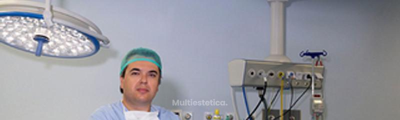 Dr.Valverde en el quirófano