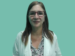 Dra. Adriana Puglisi