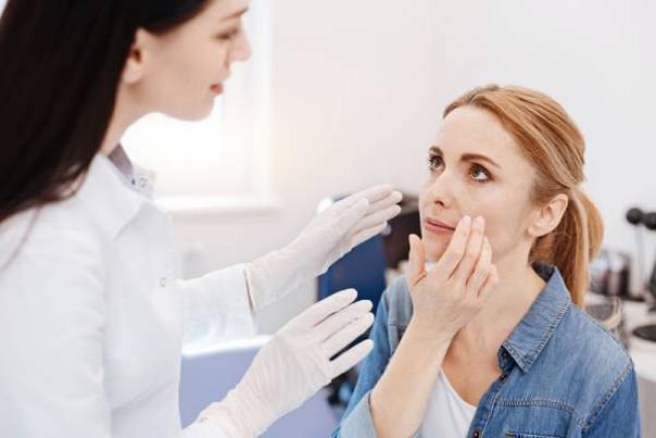 visita dermatólogo